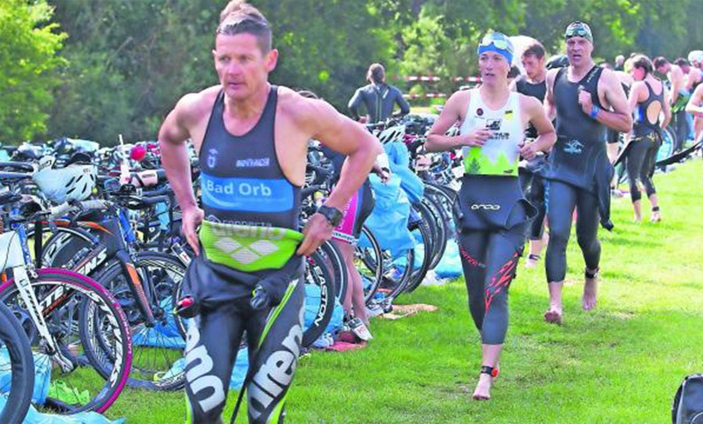Triathlon-Urgestein Adi Kohr machte Tempo in der Wechselzone